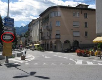 Entrance in Ascona - Turn right here